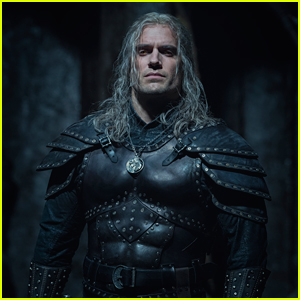 Here's Your First Look at Henry Cavill in 'The Witcher' Season 2!