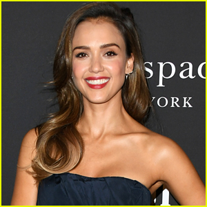 Jessica Alba Says She Was Instructed Not To Make Eye Contact With '90210' Cast When She Was A Guest Star