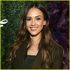 Jessica Alba Says She's Never Received a Good Review from Critics