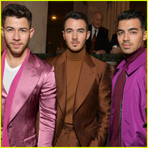 Jonas Brothers Drop New Holiday Song, 'I Need You Christmas' - Read Lyrics & Listen Now!