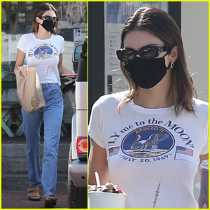 Kendall Jenner Picks Up Lunch To Go While Out in Malibu