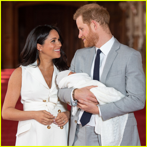 Meghan Markle & Prince Harry Reveal Son Archie Took His First Steps!