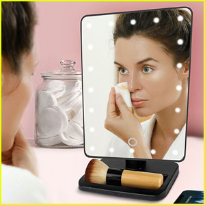 Do Your Makeup Like Your Favorite YouTuber with This U-REFLECT Vanity Mirror With Built-In Speaker