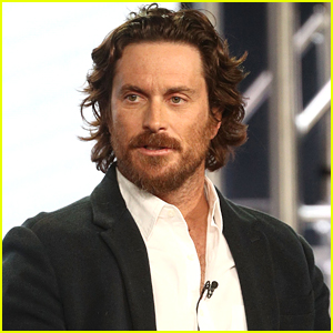 Oliver Hudson Says He Looked Like This After His First Round of Botox