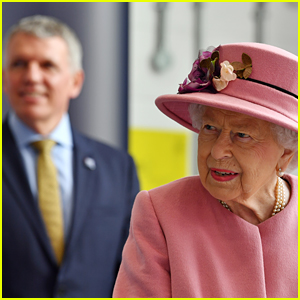 Buckingham Palace Responds to Criticism After Queen Elizabeth Does Royal Event While Maskless