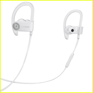 Grab These Apple Powerbeats3 Wireless Earphones For Just $77!