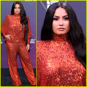 Demi Lovato Is Red Hot in Sparkling Outfit at People's Choice Awards 2020