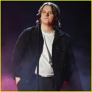 Lewis Capaldi Gives Slowed Down Performance of 'Before You Go' at American Music Awards 2020