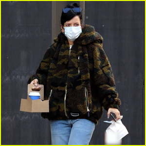 Lily Allen Picks Up Coffee & Pastries for Breakfast in NYC