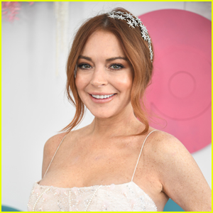 Lindsay Lohan Opens Up About 'Mean Girls' Sequel & Cast's Virtual Reunion - Watch! (Video)