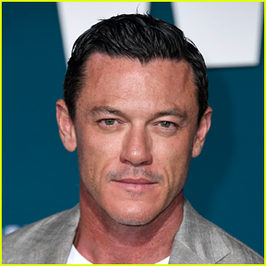 A Shirtless Luke Evans Asked a Stranger to Take His Picture - See the Photo!