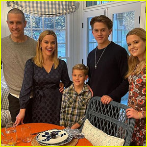 Reese Witherspoon Shares a Sweet Family Photo on Thanksgiving
