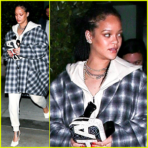 Rihanna Made This Comfy & Casual Outfit Look So Chic