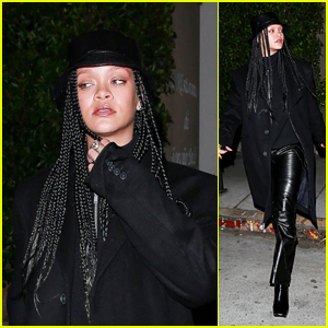 Rihanna Looks Chic in All Black While Getting a Meal in Santa Monica