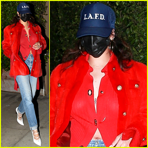Rihanna Goes Incognito Behind a Hat & Face Mask at Dinner