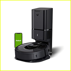 This Roomba is $400 Off on Amazon on Cyber Monday!