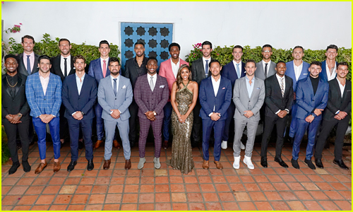Fans Notice the Funny Fail in 'The Bachelorette' Group Photo