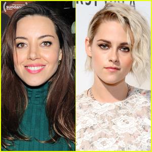 Aubrey Plaza Reveals Kristen Stewart Got Coronavirus While Filming 'Happiest Season'