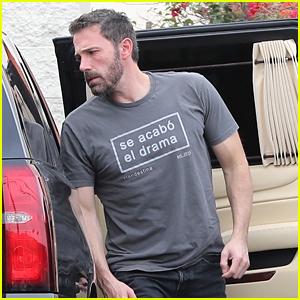 Ben Affleck Sends a Message with His Shirt