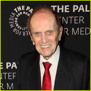 Bob Newhart Reflects on His Classic Role in 'Elf'!