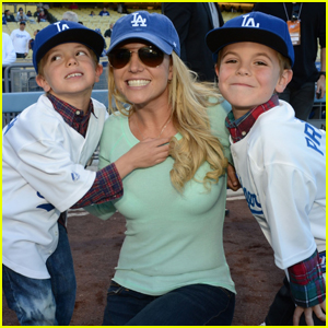 Britney Spears Enjoys an Early Christmas With Her Boys (Report)