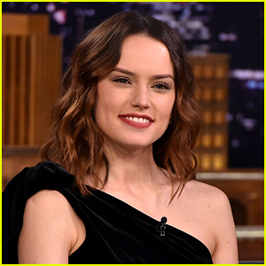 Daisy Ridley to Star in Disney+ Movie About First Woman to Swim Across the English Channel