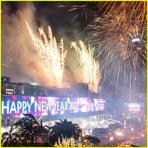 New Year's Eve Fireworks Around the World - See Photos!
