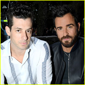 Justin Theroux Is Spending Christmas Eve with His 'Bro' Mark Ronson!