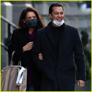 Katie Holmes & Boyfriend Emilio Vitolo Jr. Go for a Post-Christmas NYC Stroll