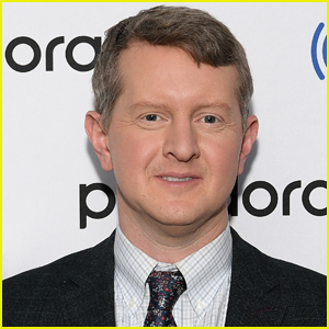 'Jeopardy!' Champ Ken Jennings Apologizes for Past 'Insensitive' Tweets
