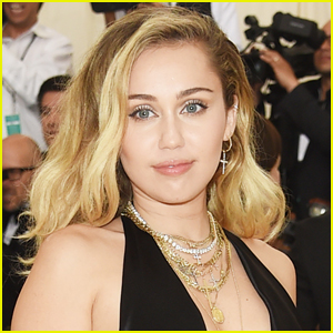 Miley Cyrus Reveals Which Singer She's Crushing On!