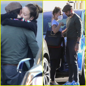 Olivia Wilde & Ex Jason Sudeikis Share Long Embrace After Spending the Day Together