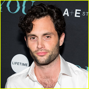 This Video of Penn Badgley Saying 'XOXO' Has 'Gossip Girl' Fans Freaking Out