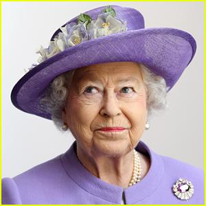 Queen Elizabeth's Twitter Account Tweeted & Quickly Deleted This Accidental Tweet!