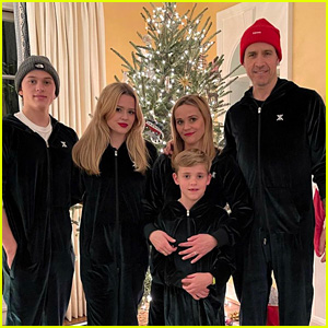 Reese Witherspoon Shares Her Family's Christmas Photo, Which Took an Hour to Accomplish!