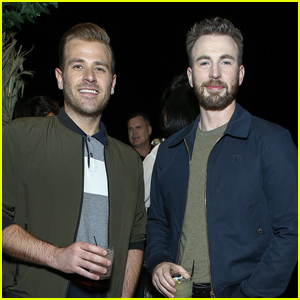 Scott Evans Hilariously Catches Brother Chris Evans Talking to His Dog Dodger & Scares Him!