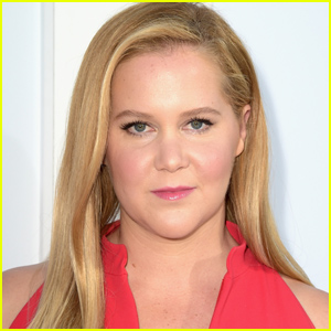 Amy Schumer Shows Off Her C-Section Scars in Mirror Selfie
