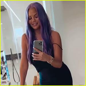 Chrissy Teigen Has Purple Hair Now, But It's Just a Wig!