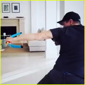 Jeremy Renner 'Trains' for 'Hawkeye' at Home - Watch!