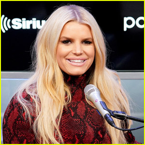 Jessica Simpson Hilariously Reacts to Claims that Subway's Tuna Sandwiches Don't Contain Tuna
