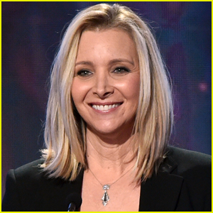 Lisa Kudrow Shares Exciting Update About Upcoming 'Friends' Reunion!