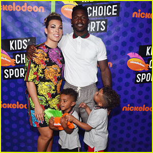 Antonio Brown's On Again/Off Again Girlfriend & Their Kids - Family Photos