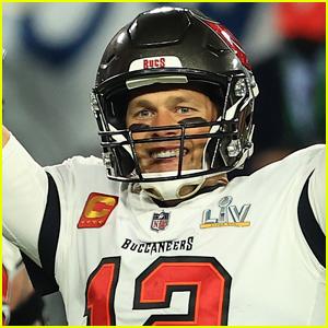 Celebs React to Tom Brady & Tampa Bay Buccaneers Winning Super Bowl 2021!
