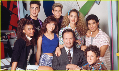 Dustin Diamond's 'Saved By the Bell' Co-Stars Mourn His Death - See the Reactions