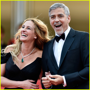 Julia Roberts & George Clooney Reunite for Romantic Comedy 'Ticket to Paradise'