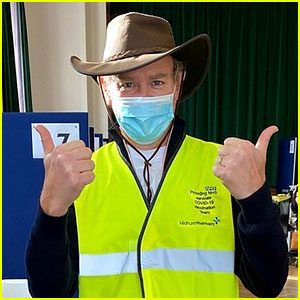 Downton Abbey's Hugh Bonneville Is Volunteering at a COVID-19 Vaccination Center