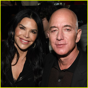 Jeff Bezos Enjoys Mexican Getaway With Girlfriend Lauren Sanchez After Announcing He Is Stepping Down as Amazon CEO