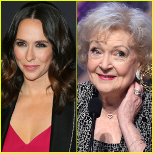 Jennifer Love Hewitt Thought She Was 'Going to Kill National Treasure' Betty White During 'Super Drunk' Night Out!