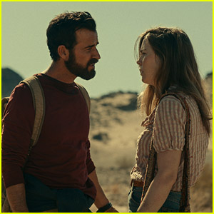 Watch Justin Theroux in 'Mosquito Coast' Trailer, Based on Book Written By His Uncle!