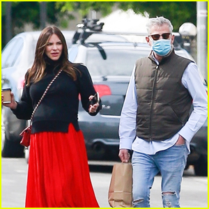 Pregnant Katharine McPhee & Husband David Foster Spend Valentine's Day Shopping Together